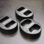 [レビュー] カメラ用 Newmowa USB 充電器がとても便利な話。